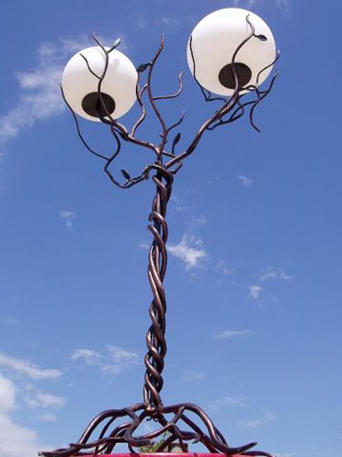 Lampadar-Arbore